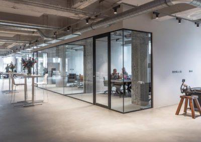 Glazen werkruimtes